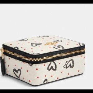 💎Coach Jewelry Box with Hearts 💕